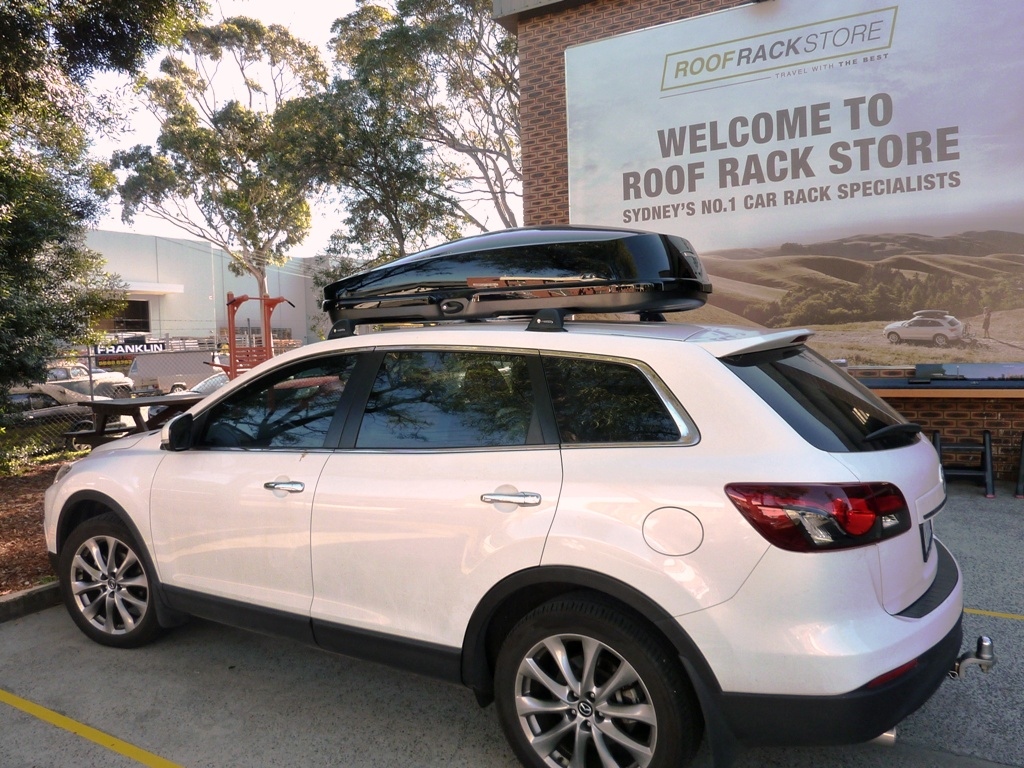 Mazda CX9 with Whispbar WB752 RoofBox
