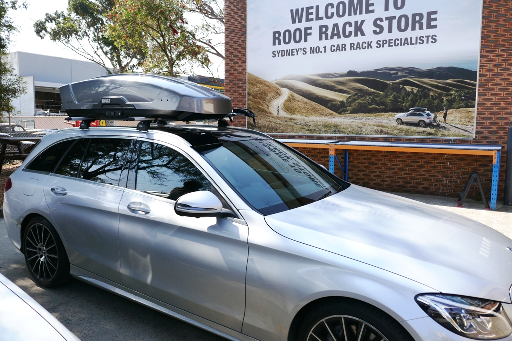 Mercedes-C Class Wagon Thule Motion XT Sport and 2 x 598 ProRides 598