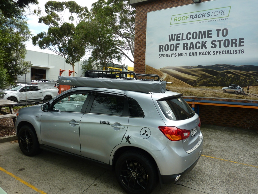 Mitsubishi ASX with Yakima Loadwarrior and Prorack Awning