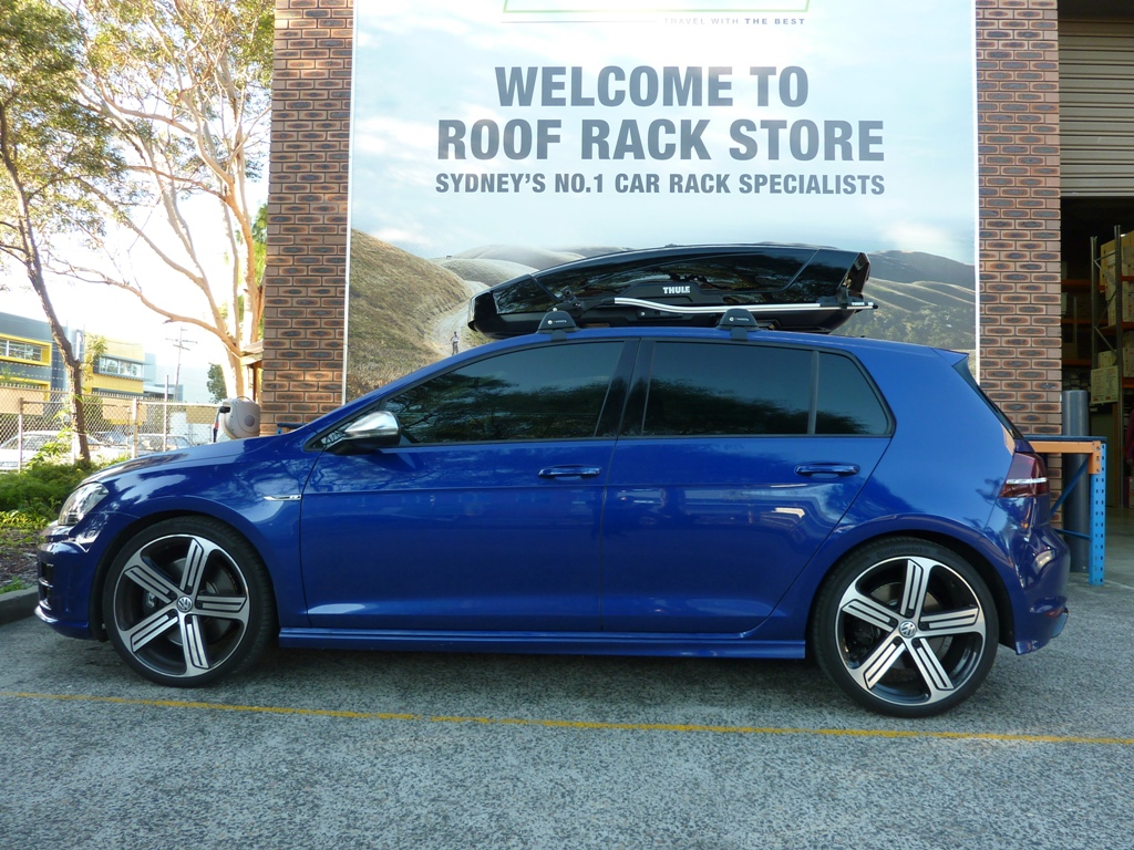 VW Golf with Thule Motion XT Sport and 561 OutRide