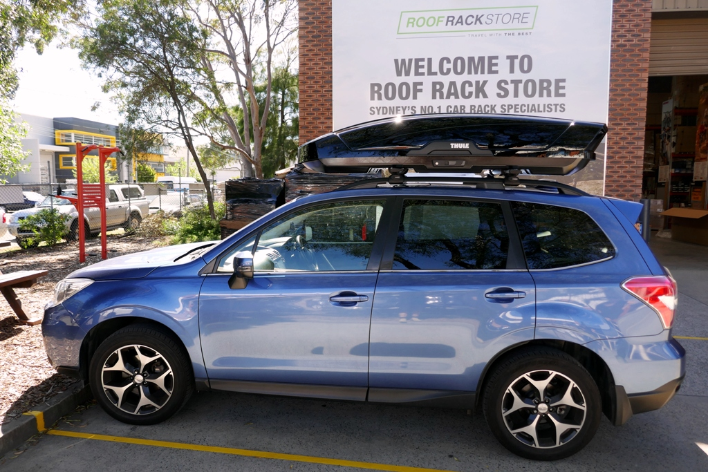 Subaru Forester with Thule Motion XT XL