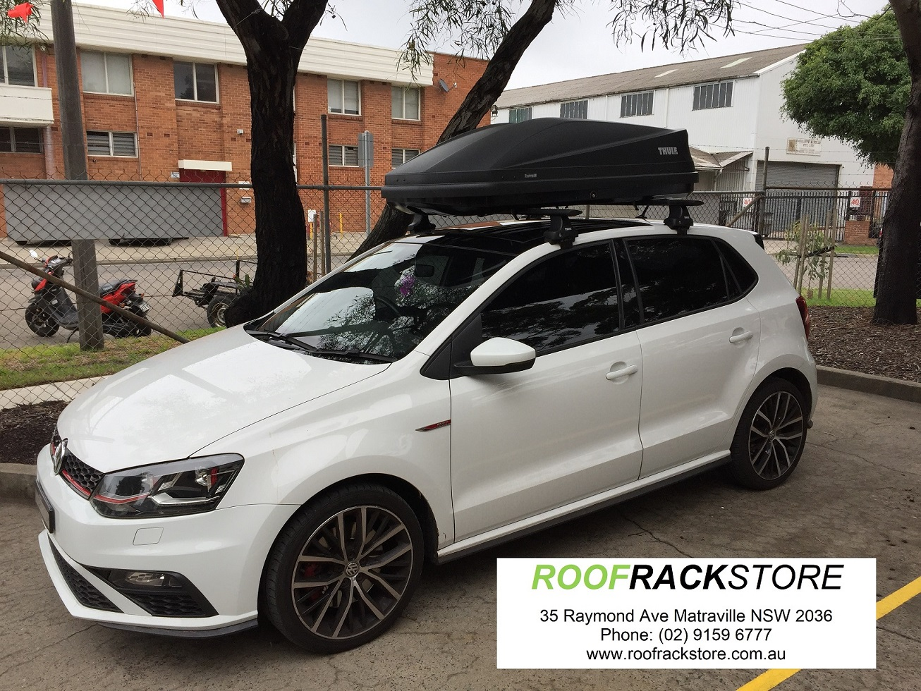 VW Polo Thule Touring M Roofbox