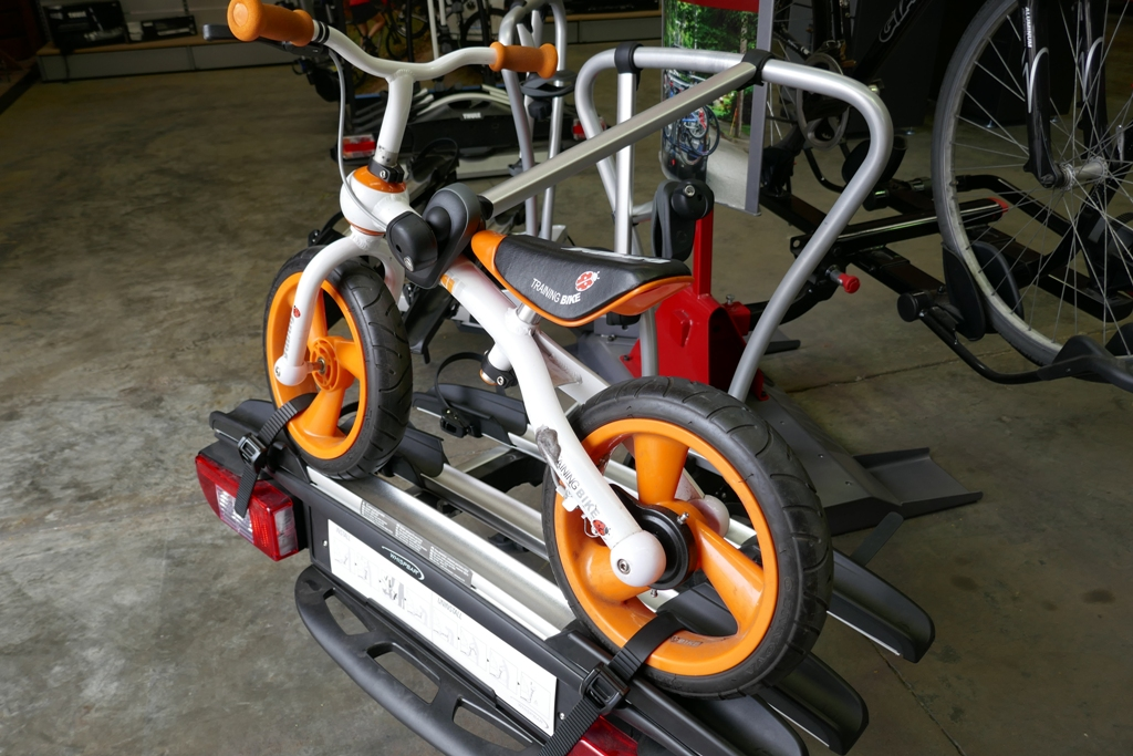 "Whispbar WBT31 with 12"" balance bike"